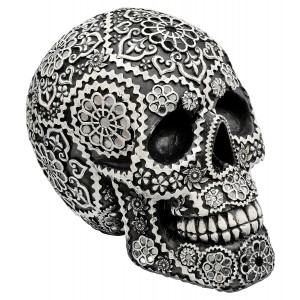 Decorative Model Skull in Black