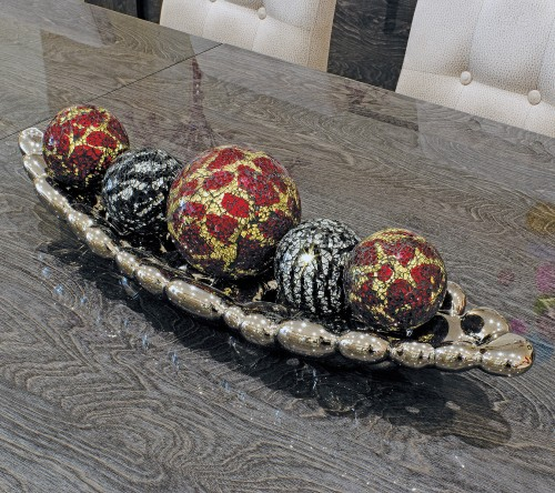 Ceramic bubble tray with mosaic glass ball decorations