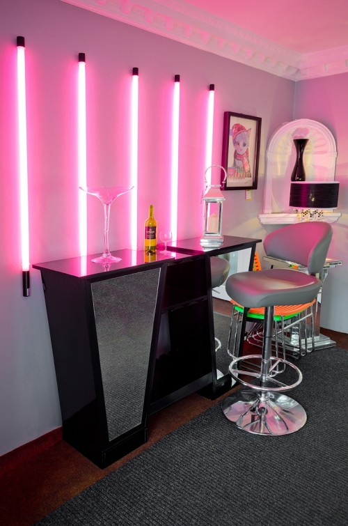 Neon Tube Lights in Pink