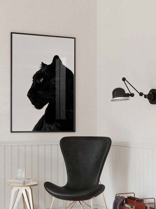 Black panther glass art picture on display