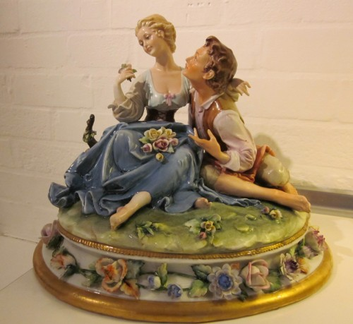 Capodimonte Two Lovers Kings Factory Italian